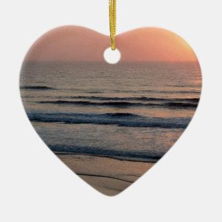Puesta del sol Del Mar California Adorno Navideño De Cerámica En Forma De Corazón