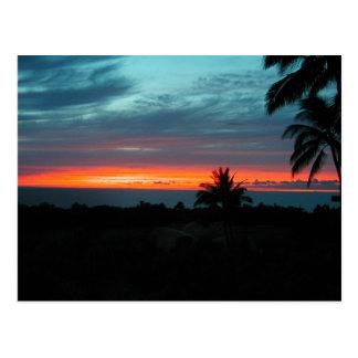 Puesta del sol hawaiana postal