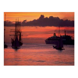 Puesta del sol hermosa: Puerto de Bridgetown, Postal