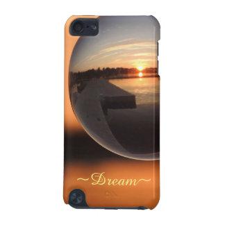 Puesta del sol sobre la bola de cristal del agua - funda para iPod touch 5G