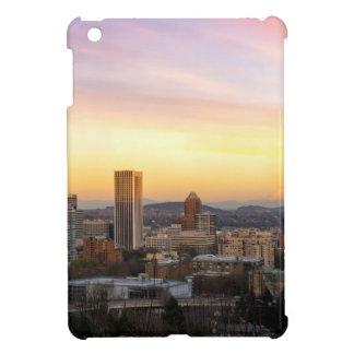 Puesta del sol sobre Portland O paisaje urbano y
