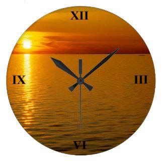 Puesta del sol sueca de las islas reloj redondo grande