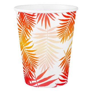Puesta del sol tropical del verano de la hoja de vaso de papel