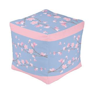 Puf Flor de cerezo - azul de la serenidad