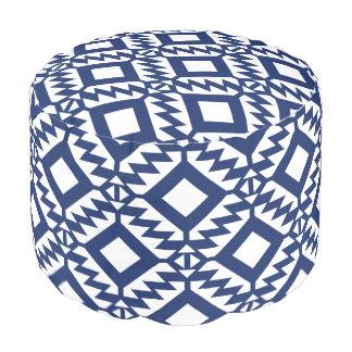 Puf Geométrico azul y blanco tribal