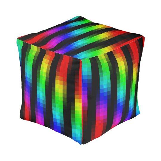 Puf Modelo de mosaico psicodlico del arco iris Zazzlees