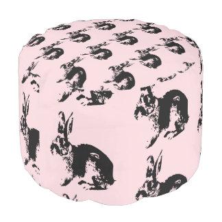 Puf Modelo rosado del conejito - taburete