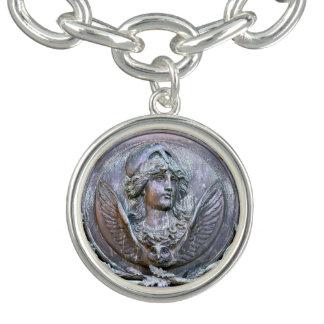 Pulsera Con Dije Escudo de Athena