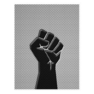 Puño de la solidaridad en estilo de la impresión postal