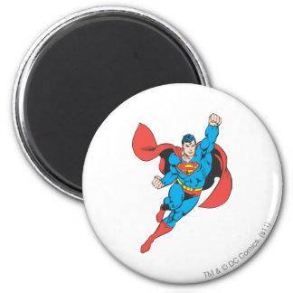 Puño derecho del superhombre aumentado imán redondo 5 cm