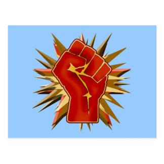 Puño rojo de la solidaridad a modificar para requi tarjetas postales
