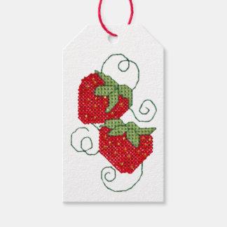 Puntada cruzada de las fresas etiquetas para regalos