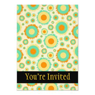 Puntos retros del Hippie en naranja, verde, y Invitación 12,7 X 17,8 Cm