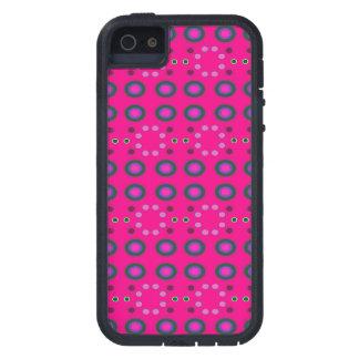 Puntos rosados brillantes de la diversión iPhone 5 Case-Mate carcasa