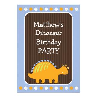 Puntos y fiesta de cumpleaños del dinosaurio de lo comunicados personalizados