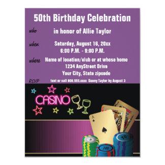 Púrpura de la celebración del cumpleaños del tema invitación 10,8 x 13,9 cm
