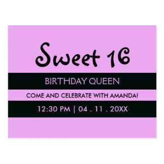 Púrpura de la lavanda y cumpleaños del dulce postal