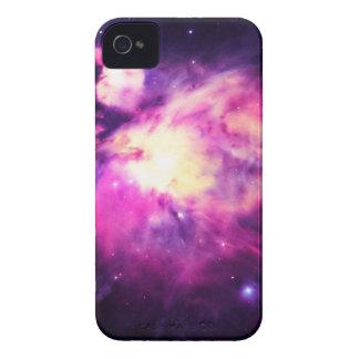 Púrpura Hauntingly hermosa de la nebulosa de Orión Funda Para iPhone 4