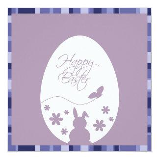 Púrpura moderna del huevo de Pascua - invitación
