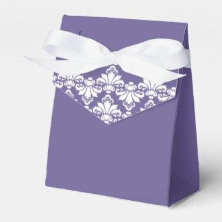 Púrpura oscura del damasco del boda de la caja