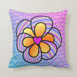 Púrpura y amarillo con la almohada del corazón