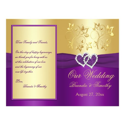 Púrpura y corazones unidos oro que casan programa flyer a todo color