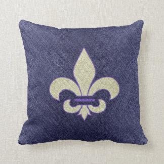 Púrpura y mirada de Wheat Fleur Di Lys Linen Almohada