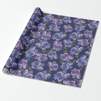 Púrpura y papel de embalaje del estampado de