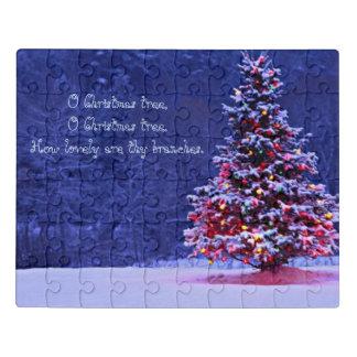 Puzzle Árbol de navidad nevado