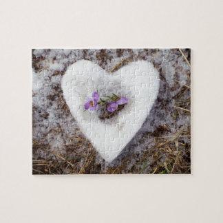 Puzzle Azafrán de la primavera en fotografía del corazón