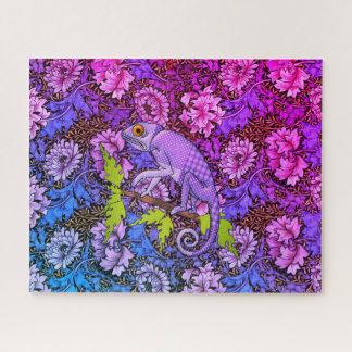 Puzzle Camaleón púrpura en un jardín púrpura