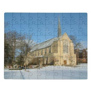 Puzzle Capilla de Harbison en invierno en la universidad