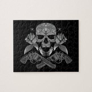 Puzzle Cráneo y armas negros y blancos