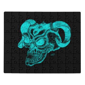 Puzzle Diseño negro y verde de la cabeza del diablo del