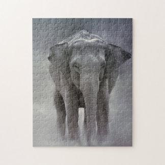 Puzzle elefante en la selva