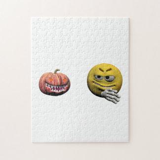Puzzle Emoticon amarillo o smiley de Halloween