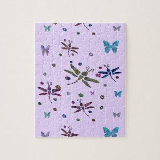 Puzzle flores y libélulas coloridas