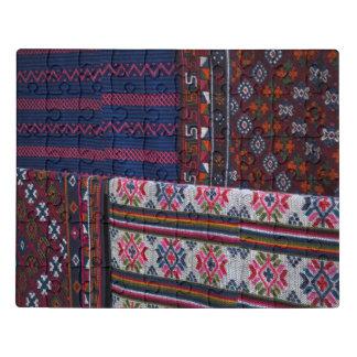 Puzzle Materias textiles coloridas de Bhután