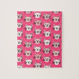 Puzzle Modelo lindo del gato en rosa
