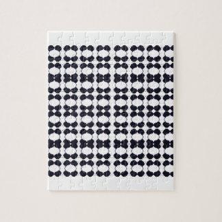 Puzzle Negro del cordón en blanco