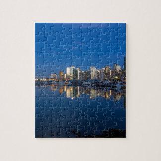 Puzzle Reflexión azul de la hora de Vancouver A.C.