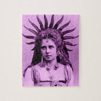 Puzzle Reina Marie de Rumania como la reina de Sun