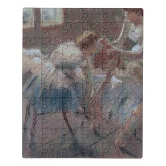 Puzzle Tres bailarines que se preparan para la clase