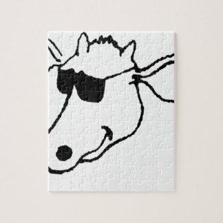 Puzzle Vaca que fuma con las gafas de sol