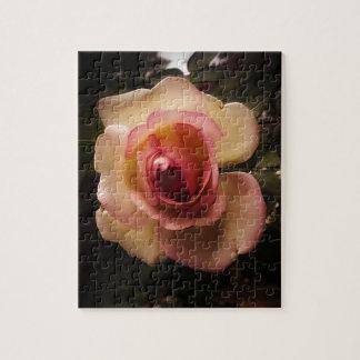 Puzzle Verano grabado en relieve subió