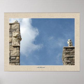 ¿Quién centelló? El Gargoyle y la terracota hacen  Poster