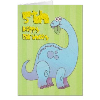 Quinto dinosaurio feliz del cumpleaños felicitación
