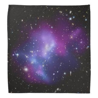 Racimo púrpura de la galaxia bandanas