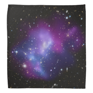 Racimo púrpura de la galaxia bandana