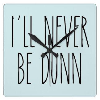Rae Dunn inspiró el reloj - azul del huevo del
